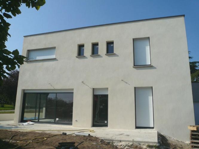 Maison contemporaine : 24_Maison béton_Soucieu