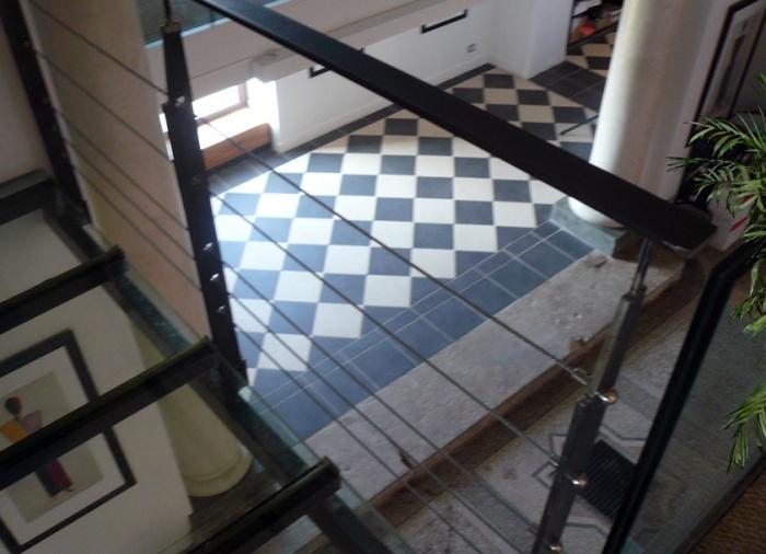 Appartement dans une chapelle : vue depuis le bureau
